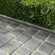 View Ampliar Roundtop Driveway Edging lifestyle image 1