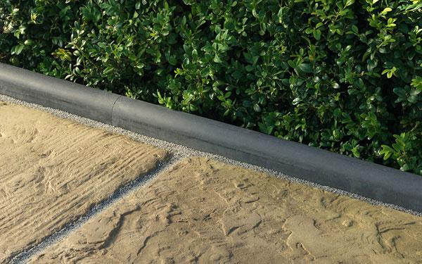 Ampliar Roundtop Driveway Edging