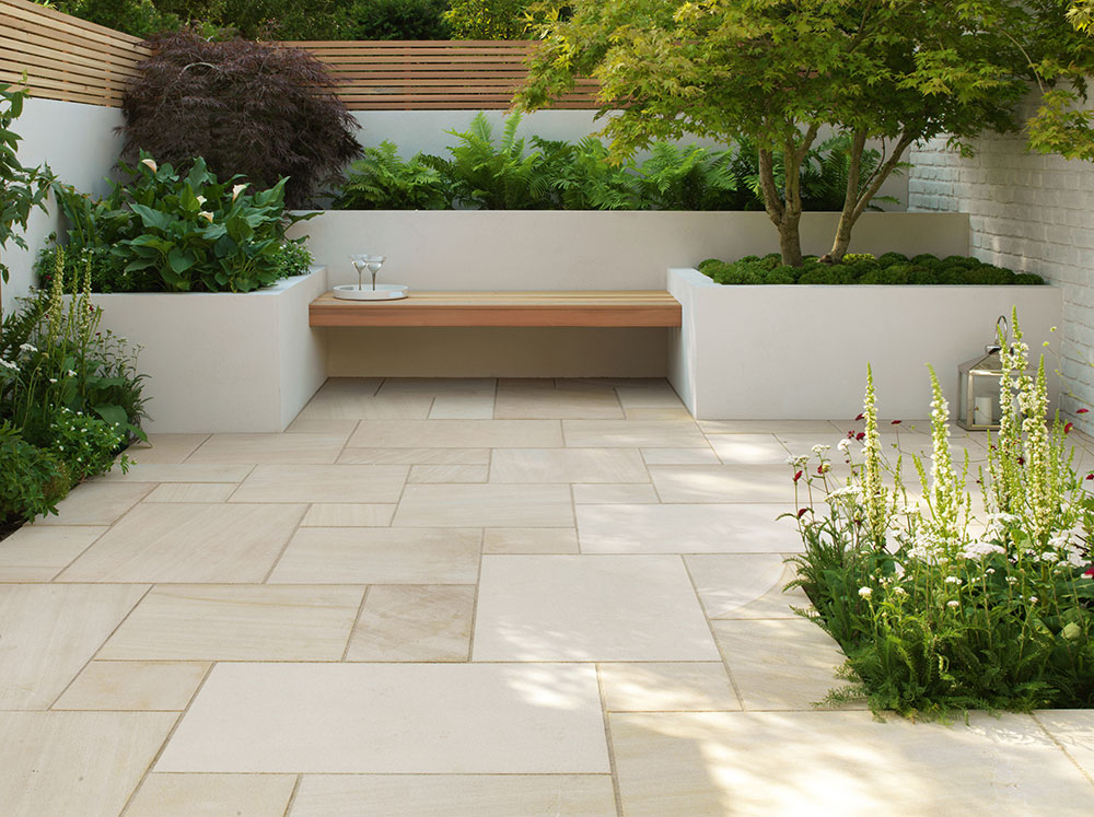 Beachside natural stone paving for Pisos para patios exteriores