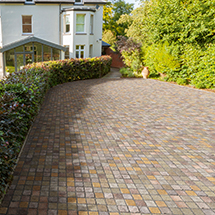 View cropped porphyry setts lifestyle image 1
