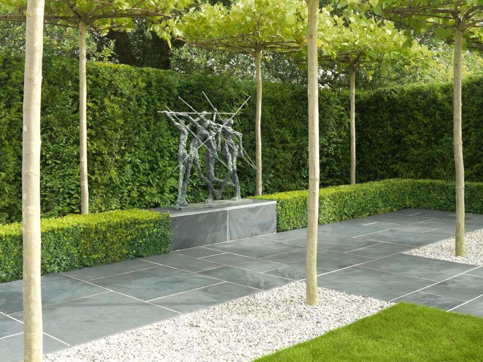 Nordus natural slate garden paving stonemarket for Blue slate garden designs