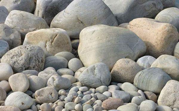 Part Worn Decorative Boulders 300-400mm