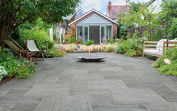 Truslate Garden Paving