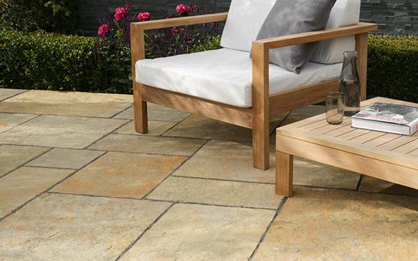 Trustone Cotsdale Limestone Garden Paving