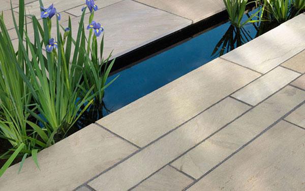 Trustone Fieldland Riven Sandstone Garden Paving