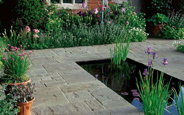 Vintage Stone Raven Garden Paving