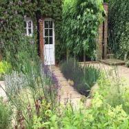 Amanda Broughton Garden Design Image 9