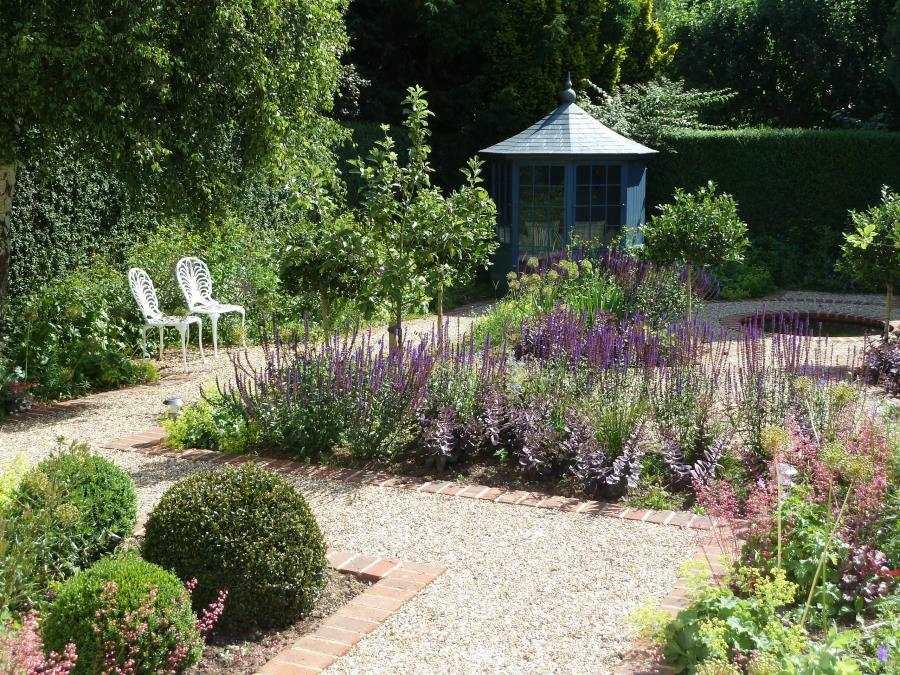 Landscape Design Company In Jordan: Andrew Jordan Garden Design In Swindon