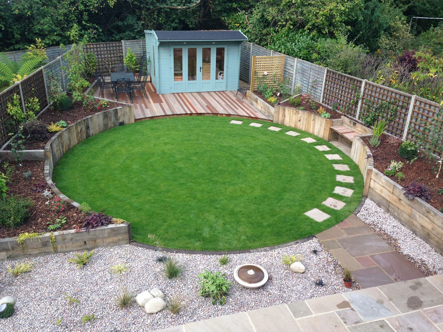 Find local uk garden and landscape designers stonemarket for Circular garden designs