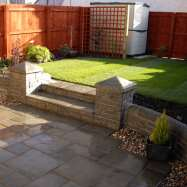 Direct Gardens - Image 1