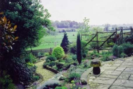Peter Stevens Garden Des