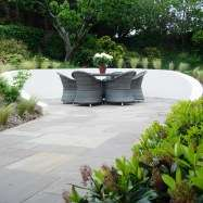 Motif Garden Design Image 2