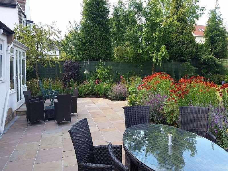 Find local uk garden and landscape designers stonemarket for Landscape design leeds